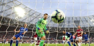 LONDON, ENGLAND - MARCH 30: Bernard of Everton scores his team's second goal during the Premier League match between West Ham United and Everton FC at London Stadium on March 30, 2019 in London, United Kingdom. (Photo by Paul Harding/Getty Images)