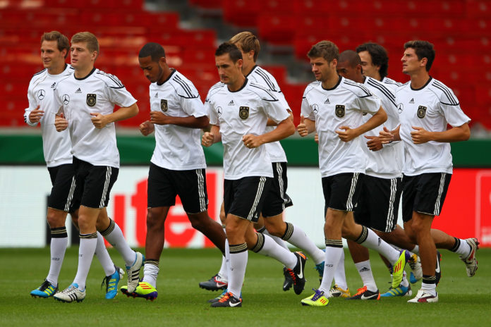 STUTTGART, GERMANY - AUGUST 09: (L-R) Benedikt Hoewedes, Toni Kroos, Dennis Aogo, Miroslav Klose, Holger Badstuber, Thomas Mueller, Jeromé Boateng, Mats Hummels and Mario Gomez attend a training session of the German National football team at Mercedes-Benz Arena on August 9, 2011 in Stuttgart, Germany. Germany will play a friendly match against Brazil at Mercedes-Benz Arena on August 10, 2011 in Stuttgart, Germany. (Photo by Christof Koepsel/Bongarts/Getty Images)