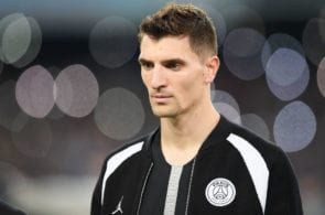 NAPLES, ITALY - NOVEMBER 06: Thomas Meunier of Paris Saint-Germain in action during the Group C match of the UEFA Champions League between SSC Napoli and Paris Saint-Germain at Stadio San Paolo on November 6, 2018 in Naples, Italy. (Photo by Francesco Pecoraro/Getty Images)