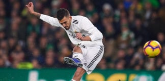 SEVILLE, SPAIN - JANUARY 13: Dani Ceballos of Real Madrid CF shoots for score during the La Liga match between Real Betis Balompie and Real Madrid CF at Estadio Benito Villamarin on January 13, 2019 in Seville, Spain. (Photo by Aitor Alcalde/Getty Images)