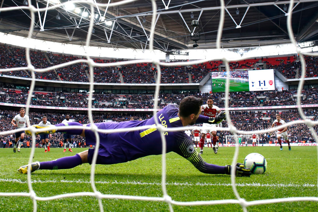 LONDON, ENGLAND - MARCH 02: Pierre-Emerick Aubameyang of Arsenal has his penalty saved by Hugo Lloris of Tottenham Hotspur during the Premier League match between Tottenham Hotspur and Arsenal FC at Wembley Stadium on March 02, 2019 in London, United Kingdom. (Photo by Julian Finney/Getty Images)