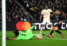 PARIS, FRANCE - MARCH 06: Marcus Rashford of Manchester United shoots past Gianluigi Buffon of PSG during the UEFA Champions League Round of 16 Second Leg match between Paris Saint-Germain and Manchester United at Parc des Princes on March 06, 2019 in Paris, . (Photo by Shaun Botterill/Getty Images)