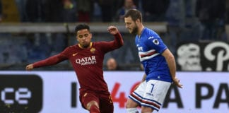 GENOA, ITALY - APRIL 06: Jacopo Sala of UC Sampdoria and Justin Kluivert of AS Roma in action during the Serie A match between UC Sampdoria and AS Roma at Stadio Luigi Ferraris on April 6, 2019 in Genoa, Italy. (Photo by Paolo Rattini/Getty Images)
