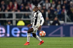 TURIN, ITALY - MARCH 12: Blaise Matuidi of Juventus controls the ball during the UEFA Champions League Round of 16 Second Leg match between Juventus and Club de Atletico Madrid at Allianz Stadium on March 12, 2019 in Turin, Italy. (Photo by Tullio M. Puglia/Getty Images)