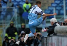 ROME, ITALY - APRIL 07: Ciro Immobile of SS Lazio celebrates after scoring the opening goal from penalty spot during the Serie A match between SS Lazio and US Sassuolo at Stadio Olimpico on April 7, 2019 in Rome, Italy. (Photo by Paolo Bruno/Getty Images)