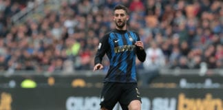 MILAN, ITALY - APRIL 07: Roberto Gagliardini of FC Internazionale in action during the Serie A match between FC Internazionale and Atalanta BC at Stadio Giuseppe Meazza on April 7, 2019 in Milan, Italy. (Photo by Emilio Andreoli/Getty Images )