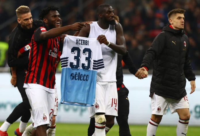 MILAN, ITALY - APRIL 13: (L-R) Samuel Castillejo, Franck Kessie, Tiemoue Bakayoko and Krzysztof Piatek of AC Milan celebrate a victory at the end of the Serie A match between AC Milan and SS Lazio at Stadio Giuseppe Meazza on April 13, 2019 in Milan, Italy. (Photo by Marco Luzzani/Getty Images)