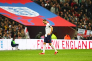 LONDON, ENGLAND - MARCH 22: An injured Eric Dier of England leaves the pitch during the 2020 UEFA European Championships Group A qualifying match between England and Czech Republic at Wembley Stadium on March 22, 2019 in London, United Kingdom. (Photo by Catherine Ivill/Getty Images)