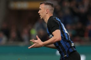 MILAN, ITALY - APRIL 20: Ivan Perisic of FC Internazionale celebrates after scoring the equalizer during the Serie A match between FC Internazionale and AS Roma at Stadio Giuseppe Meazza on April 20, 2019 in Milan, Italy. (Photo by Emilio Andreoli/Getty Images)