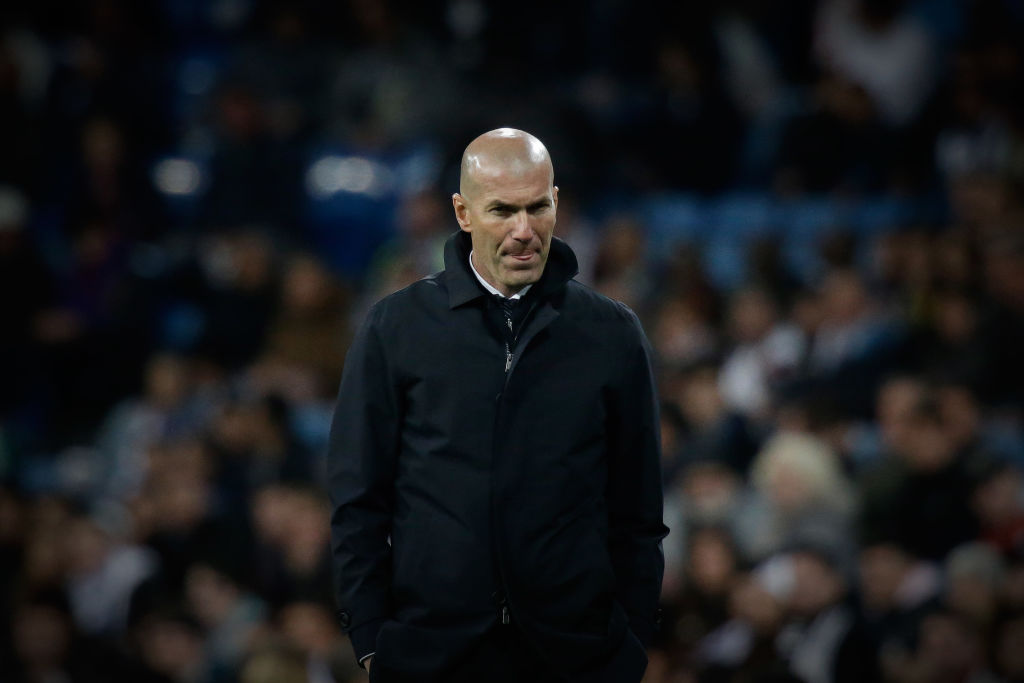 MADRID, SPAIN - MARCH 31: Head coach Zinedine Zidane of Real Madrid CF gives instructions during the La Liga match between Real Madrid CF and SD Huesca at Estadio Santiago Bernabeu on March 31, 2019 in Madrid, Spain. (Photo by Gonzalo Arroyo Moreno/Getty Images)