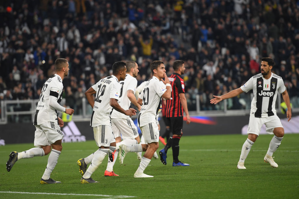 TURIN, ITALY - APRIL 06: Paulo Dybala of Juventus celebrates after scoring the equalizing goal during the Serie A match between Juventus and AC Milan on April 06, 2019 in Turin, Italy. (Photo by Tullio M. Puglia/Getty Images)