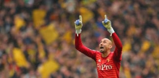 LONDON, ENGLAND - APRIL 07: Heurelho Gomes of Watford celebrates during the FA Cup Semi Final match between Watford and Wolverhampton Wanderers at Wembley Stadium on April 07, 2019 in London, England. (Photo by Catherine Ivill/Getty Images)