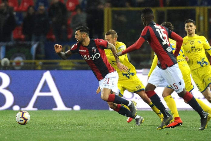 BOLOGNA, ITALY - APRIL 08: Roberto Soriano of Bologna FC in action during the Serie A match between Bologna FC and Chievo at Stadio Renato Dall'Ara on April 08, 2019 in Bologna, Italy. (Photo by Mario Carlini / Iguana Press/Getty Images)