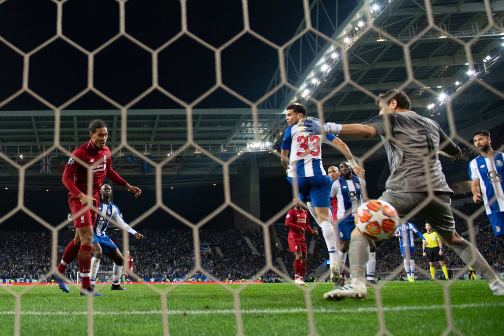 PORTO, PORTUGAL - APRIL 17: Virgil van Dijk of Liverpool scores his team's fourth goal past Iker Casillas of FC Porto during the UEFA Champions League Quarter Final second leg match between Porto and Liverpool at Estadio do Dragao on April 17, 2019 in Porto, Portugal. (Photo by Matthias Hangst/Getty Images)