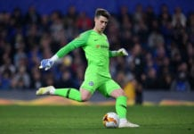 LONDON, ENGLAND - APRIL 18: Kepa Arrizabalaga of Chelsea sends the ball forward during the UEFA Europa League Quarter Final Second Leg match between Chelsea and Slavia Praha at Stamford Bridge on April 18, 2019 in London, England. (Photo by Dan Mullan/Getty Images)