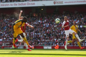 LONDON, ENGLAND - APRIL 21: Christian Benteke of Crystal Palace scores his team's first goal during the Premier League match between Arsenal FC and Crystal Palace at Emirates Stadium on April 21, 2019 in London, United Kingdom. (Photo by Clive Rose/Getty Images)