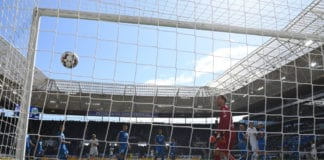 SINSHEIM, GERMANY - APRIL 28: (Right)William of Wolfsburg scores his team's first goal as goalkeeper v of Hoffenheim watches the ball go into the net during the Bundesliga match between TSG 1899 Hoffenheim and VfL Wolfsburg at PreZero-Arena on April 28, 2019 in Sinsheim, Germany. (Photo by Matthias Hangst/Bongarts/Getty Images)