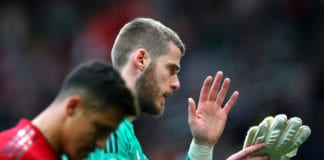 MANCHESTER, ENGLAND - APRIL 28: David De Gea of Manchester United looks despondent as he acknowledges the fans after the Premier League match between Manchester United and Chelsea FC at Old Trafford on April 28, 2019 in Manchester, United Kingdom. (Photo by Alex Livesey/Getty Images)