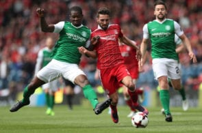 GLASGOW, SCOTLAND - APRIL 22: Marvin Bartley of Hibernian vies with Graeme Shinnie of Aberdeen during the William Hill Scottish Cup semi-final match between Hibernian and Aberdeen at Hampden Park on April 22, 2017 in Glasgow, Scotland. (Photo by Ian MacNicol/Getty Images)