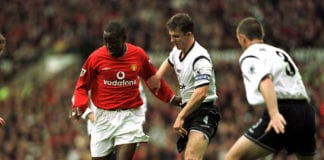 20 Oct 2001: Andy Cole of Man Utd holds off Gugni Bergsson of Bolton during the Manchester United v Bolton Wanderers FA Barclaycard Premiership match at Old Trafford, Manchester. Mandatory Credit: Alex Livesey/ALLSPORT