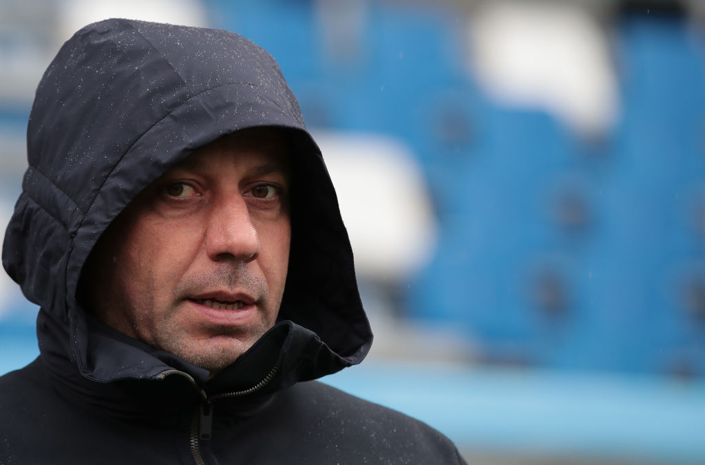 REGGIO NELL'EMILIA, ITALY - APRIL 14: Parma Calcio coach Roberto D'Aversa looks on during the Serie A match between US Sassuolo and Parma Calcio at Mapei Stadium - Citta' del Tricolore on April 14, 2019 in Reggio nell'Emilia, Italy. (Photo by Emilio Andreoli/Getty Images)