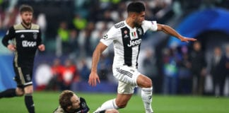 TURIN, ITALY - APRIL 16: Emre Can of Juventus is challenged by Daley Blind of Ajax during the UEFA Champions League Quarter Final second leg match between Juventus and Ajax at Allianz Stadium on April 16, 2019 in Turin, Italy. (Photo by Michael Steele/Getty Images)