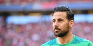 MUNICH, GERMANY - APRIL 20: Claudio Pizarro of Bremen looks on prior to the Bundesliga match between FC Bayern Muenchen and SV Werder Bremen at Allianz Arena on April 20, 2019 in Munich, Germany. (Photo by Sebastian Widmann/Bongarts/Getty Images)