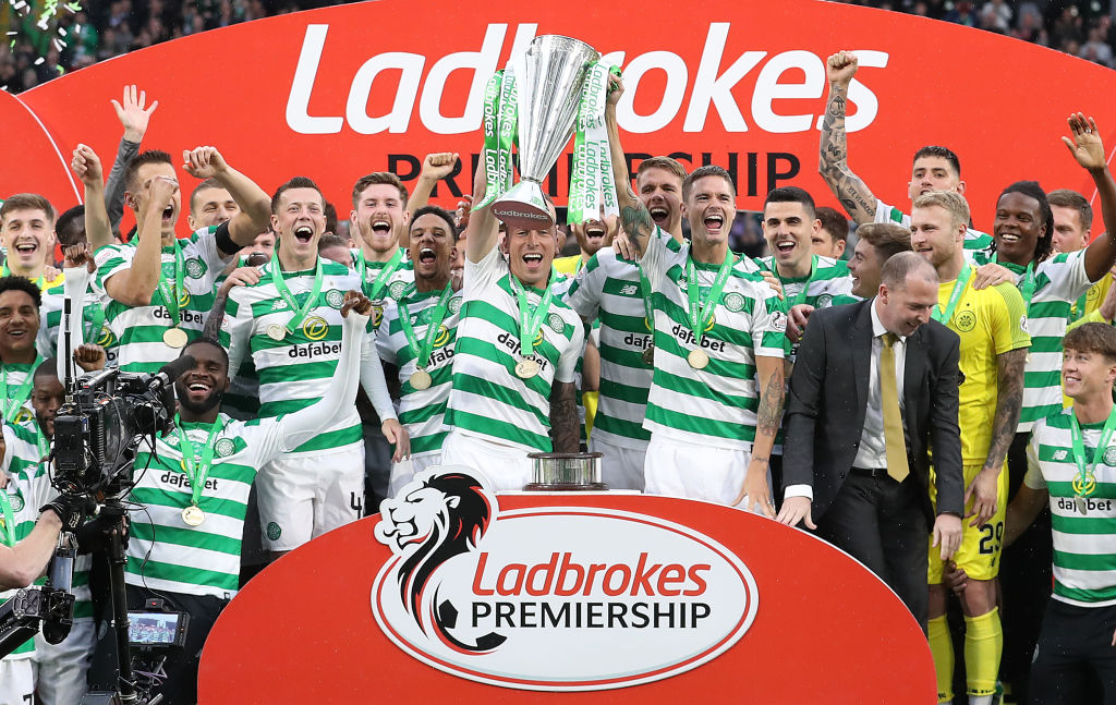 GLASGOW, SCOTLAND - MAY 19: Scott Brown of Celtic lifts the Scottish Premier League trophy during the Scottish Premier league match between Celtic and Hearts at Celtic Park on May 19, 2019 in Glasgow, Scotland. (Photo by Ian MacNicol/Getty Images)