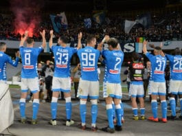 NAPLES, ITALY - MAY 19: Players of SSC Napoli celebrate the victory after the Serie A match between SSC Napoli and FC Internazionale at Stadio San Paolo on May 19, 2019 in Naples, Italy. (Photo by Francesco Pecoraro/Getty Images)