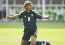 IBARAKI, JAPAN - JUNE 02: FUSSBALL: WM 2002 in JAPAN und KOREA, Ibaraki, 02.06.02/Match 7, GRUPPE F/ARGENTINIEN - NIGERIA (ARG - NGA) 1:0, Gabriel BATISTUTA/ARG (Photo by Martin Rose/Bongarts/Getty Images)