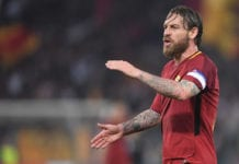ROME, ITALY - APRIL 10: Daniele De Rossi of AS Roma in action during the UEFA Champions League Quarter Final Second Leg match between AS Roma and FC Barcelona at Stadio Olimpico on April 10, 2018 in Rome, Italy. (Photo by Michael Regan/Getty Images)