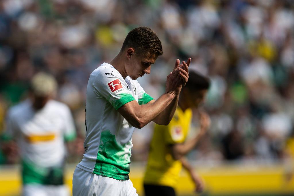 Thorgan Hazard applauds Dortmund's stadium atmosphere