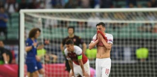 Play or move on: Mesut Ozil pushed to make a career decision