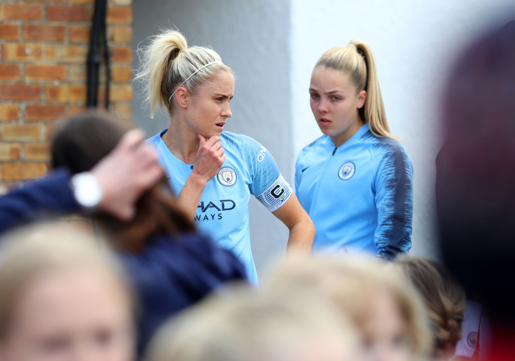 Steph Houghton, Manchester City, Manchester United