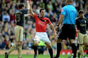 Gary Neville, Manchester United, Liverpool, Premier League