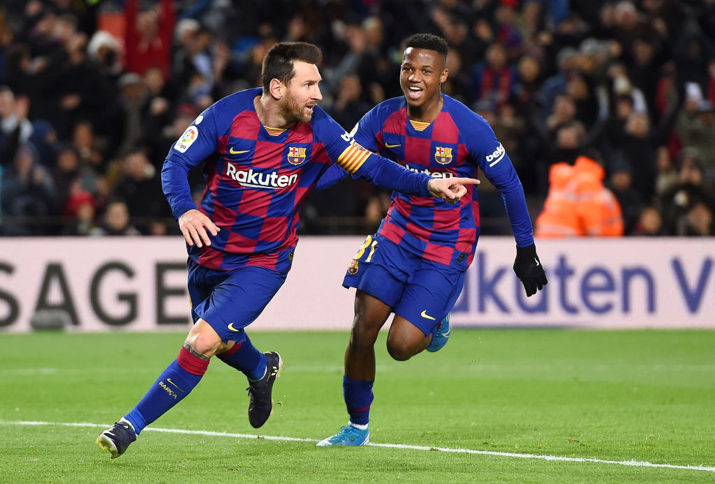 Video Messi Spares Setien S Blushes As Barca Beat Granada 1 0 Ronaldo Com