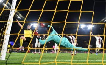 Borussia Dortmund v Paris Saint-Germain - UEFA Champions League Round of 16: First Leg image