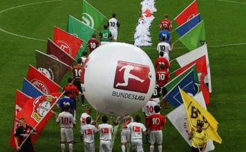 FC Bayern Muenchen v VfL Wolfsburg - Bundesliga image