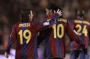 Messi, Ronaldinho, Number 10s