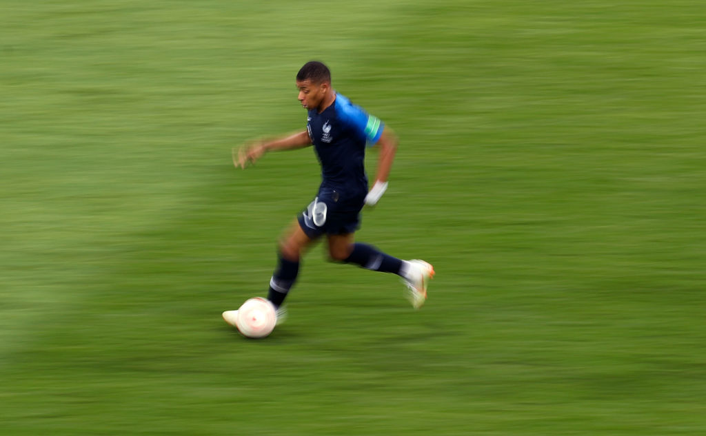 Top 10 fastest football players in the world in 2020