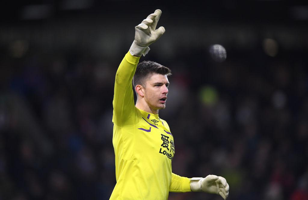 Sunday transfer rumors - Chelsea intent on Nick Pope