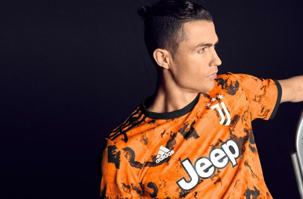 Cristiano Ronaldo Helps Unveil The New Third Juventus Kit For 2020 21