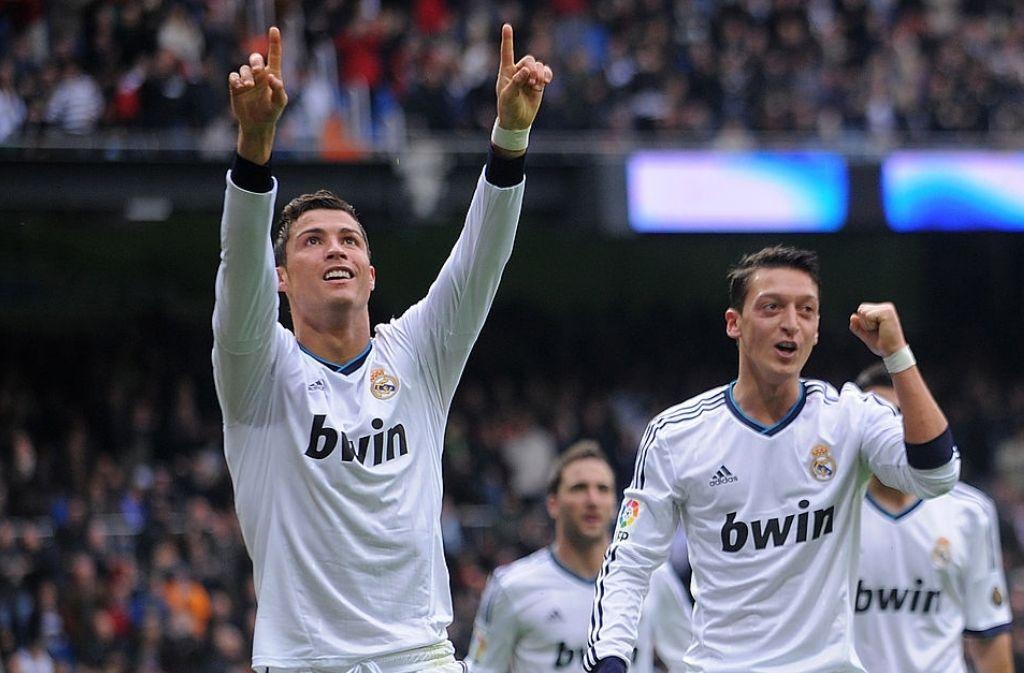 Mesut Ozil, Cristiano Ronaldo, GOAT