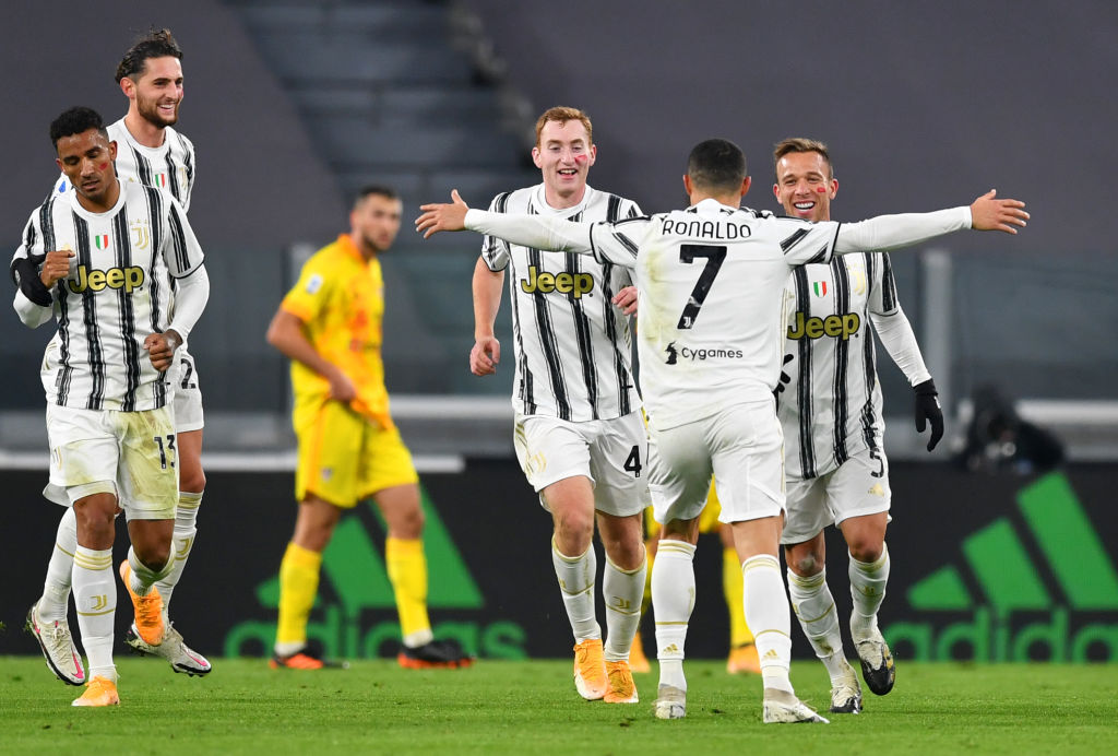 Juventus 2 0 Cagliari Serie A Player Ratings Ronaldo Com
